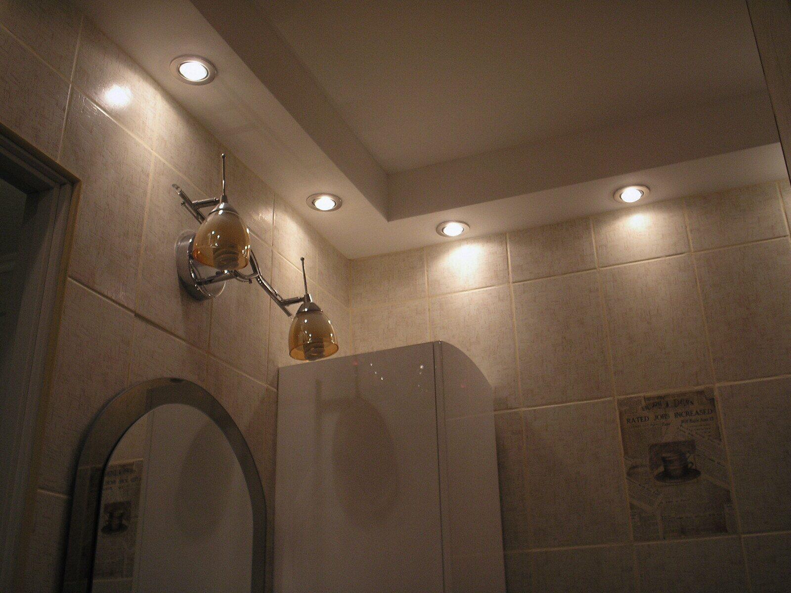 Натяжные потолки в ванной своими руками 57